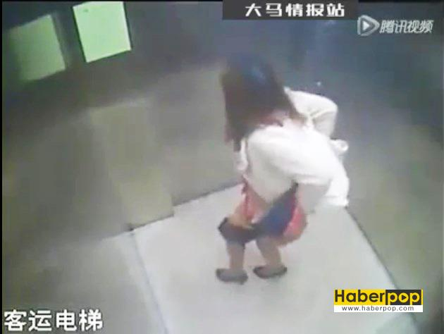 Asansörün-içine-tuvaletini-yapan-Çinli-kadın-video