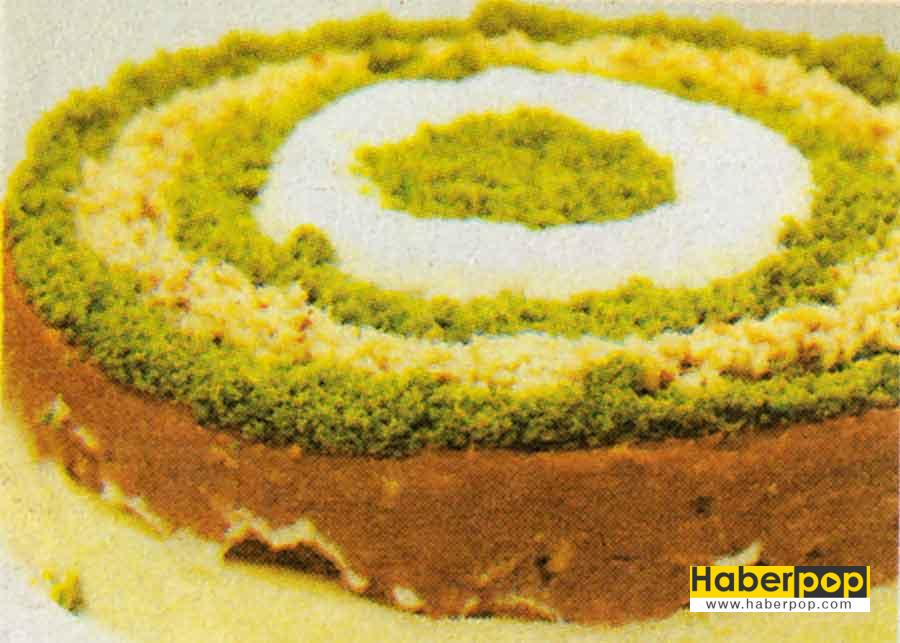 Balkabakli Pasta Tarifi-biskuvili pasta-yapimi-rulo pasta-aglayan pasta tarifi-videolu resimli