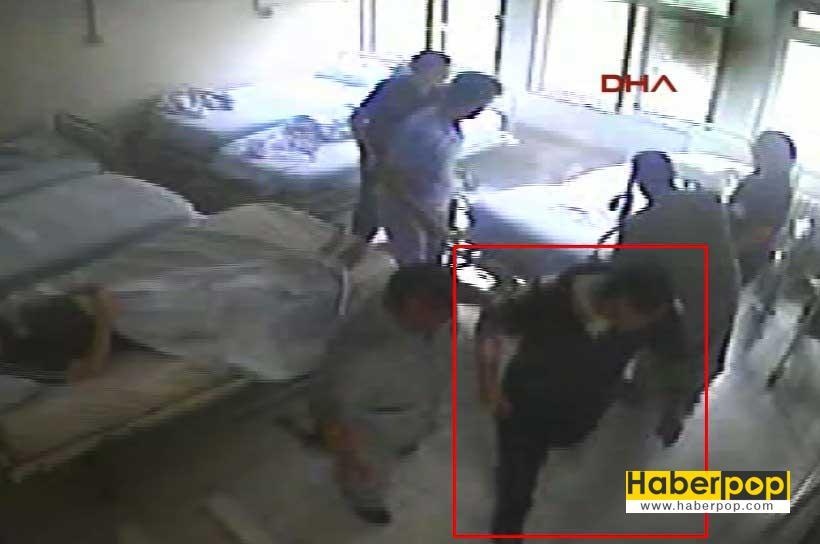 hastanede-bagli-oldugu-yatagi-atese-verdi-videosu