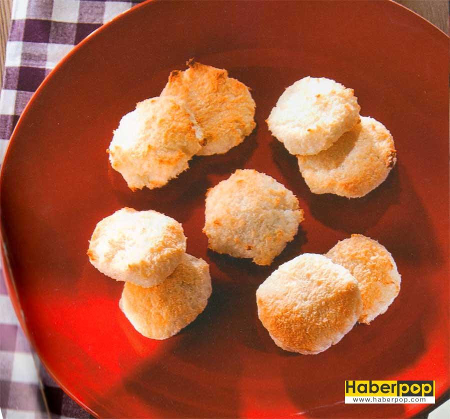 Hindistancevizli Kurabiye Tarifi-tatli-kurabiye-kakaolu-cevizli-cikolatali-islak-un-kurabiyesi-tarifi-tahinli-videolu fotografli