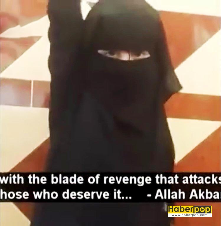 IŞİD'li-kız-çocuğu-oyuncak-bebeğin-kafasını-kesti-videosu