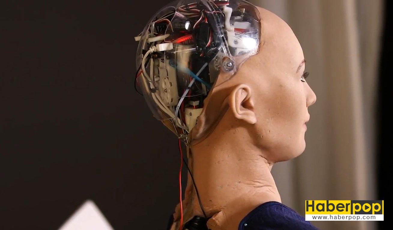 İnsanlığı-yok-edecek-akıllı-robot-üretildi-detay