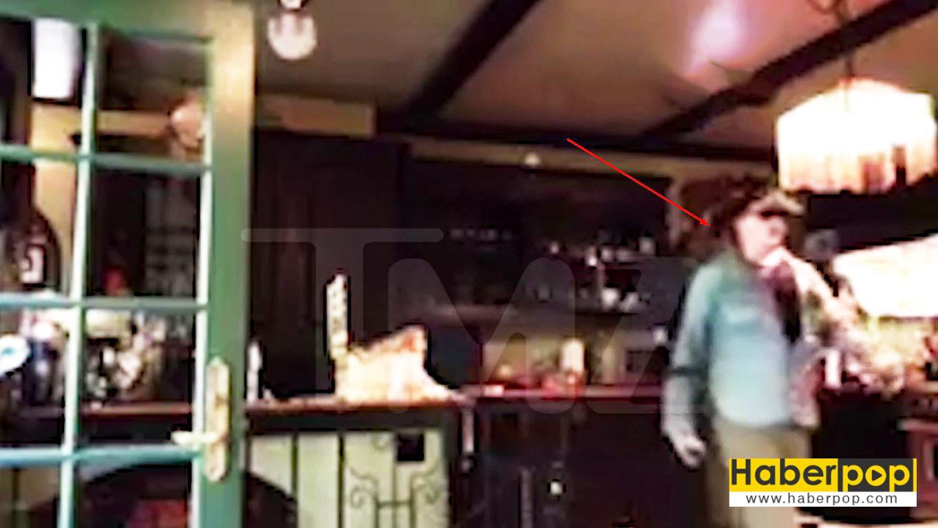 Johnny-Depp'in-mutfakta-gizli-çekilmiş-videosu-yayınlandı-videosu-izle