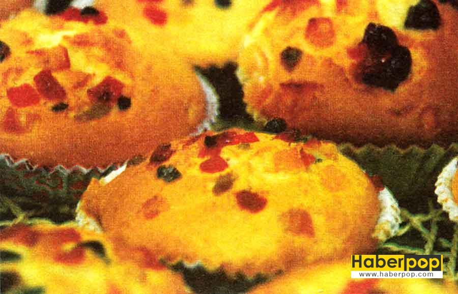 Kuru Meyveli Findikli Muffin Tarifi-nefis-elmali-kurabiye-tuzlu-kurabiye-kolay-tatli-kurabiye-kakaolu-cevizli-cikolatali