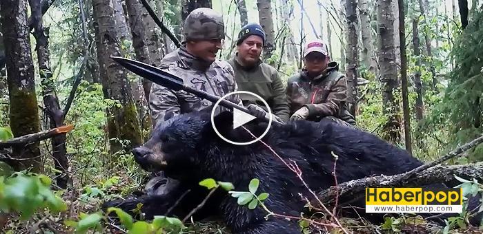 Mızrakla-ayıyı-öldüren-avcı-video-izle