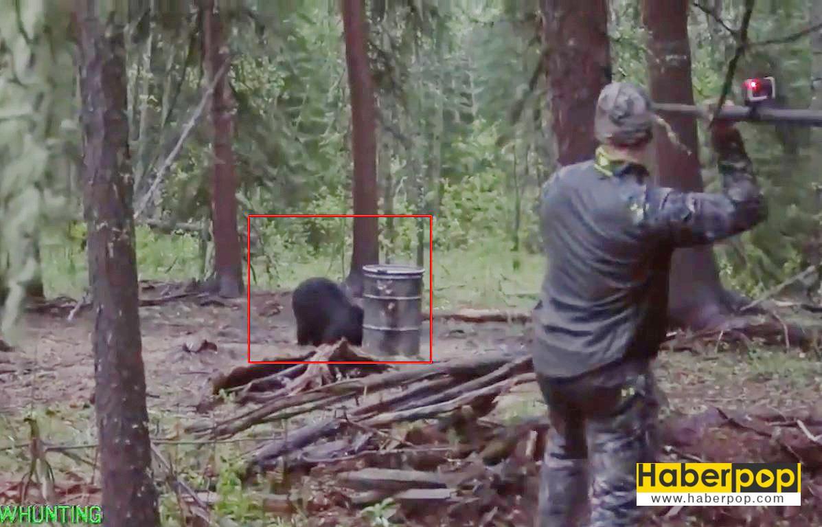 Mızrakla-ayıyı-öldüren-genç-avcı