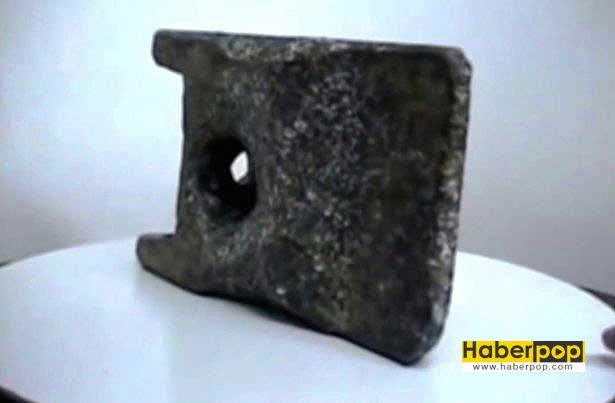 ufodan-dustugu-iddia-edilen-250-bin-yillik-parca-video-ilginc-ufo-uzaylilar