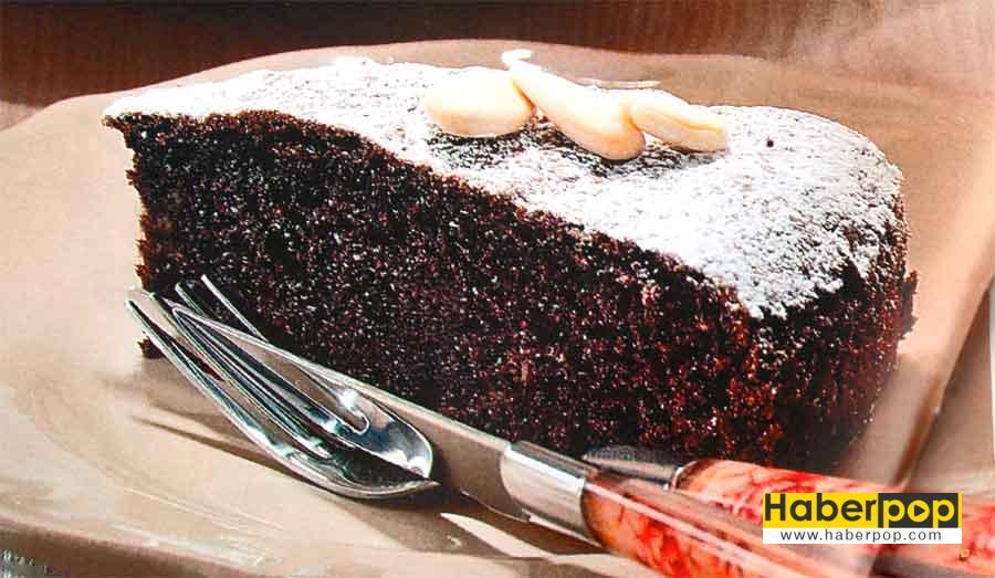 cikolatali ve Bademli Kek Tarifi-islak-kek-kakaolu-kek-tarifleri-nefis-kolay-kalori-videolu-fotografli