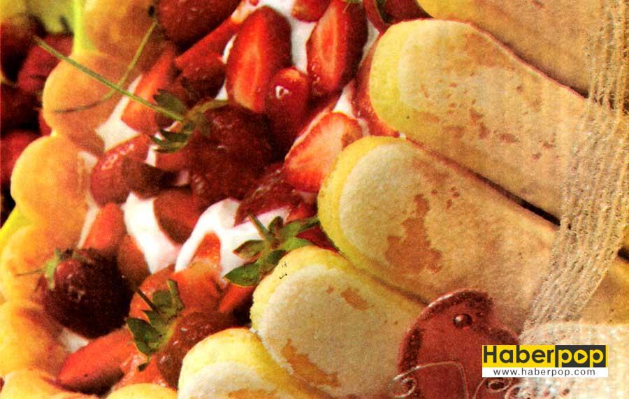 cit-Pasta-Tarifi-kolay-pasta-nefis-pasta-biskuvili-pasta-pasta-yapimi-rulo-pasta-aglayan-pasta-tarifi-resimli